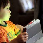 Jak chránit dítě v síti; ilustrtivní fotografie - MADIO
